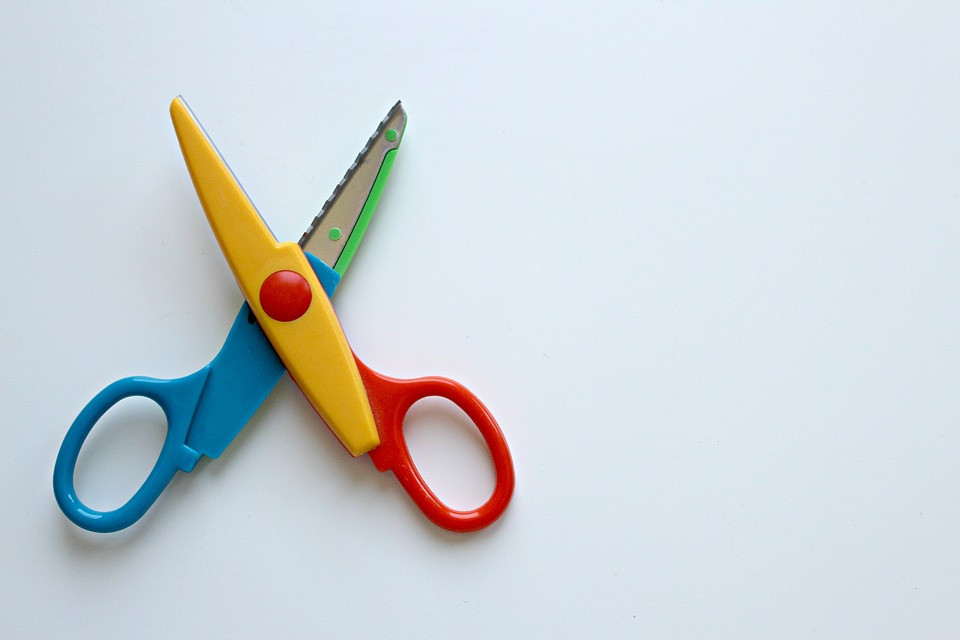 Multicolored children's blunt tip scissors