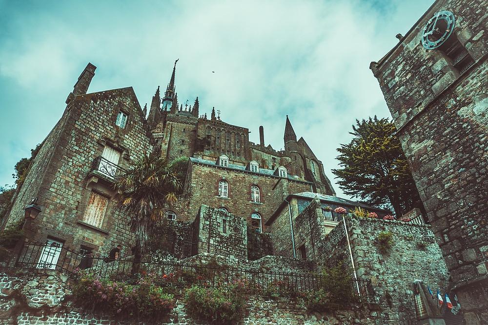 Creepy, crumbling mansion