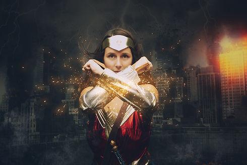 capow-wonderwoman-photo-nice