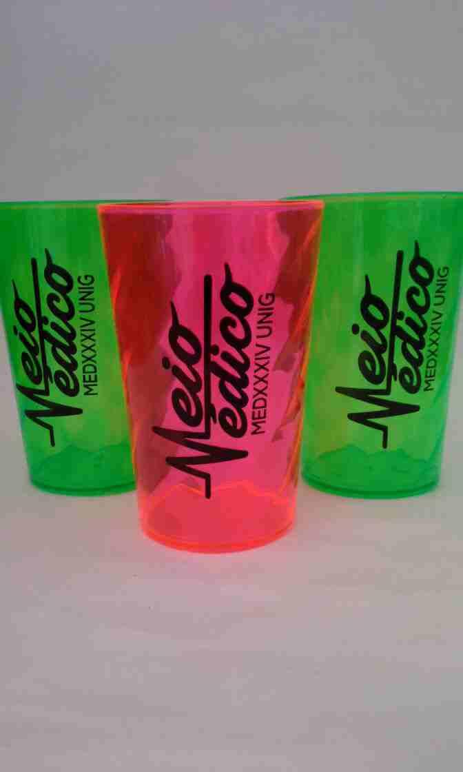 Copo Twister cores neons