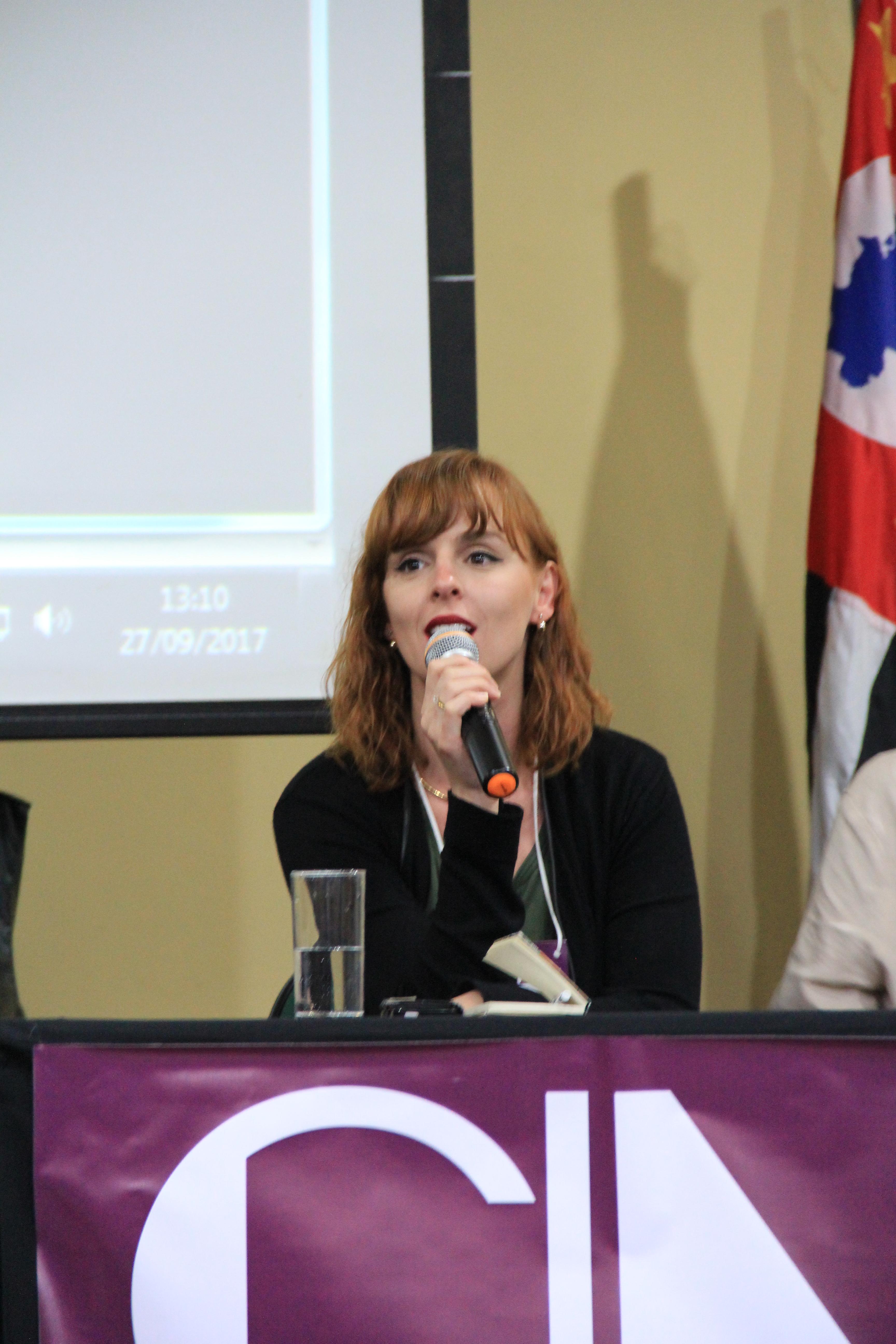 Mariana marcilio Formas e Volumes CINM 17