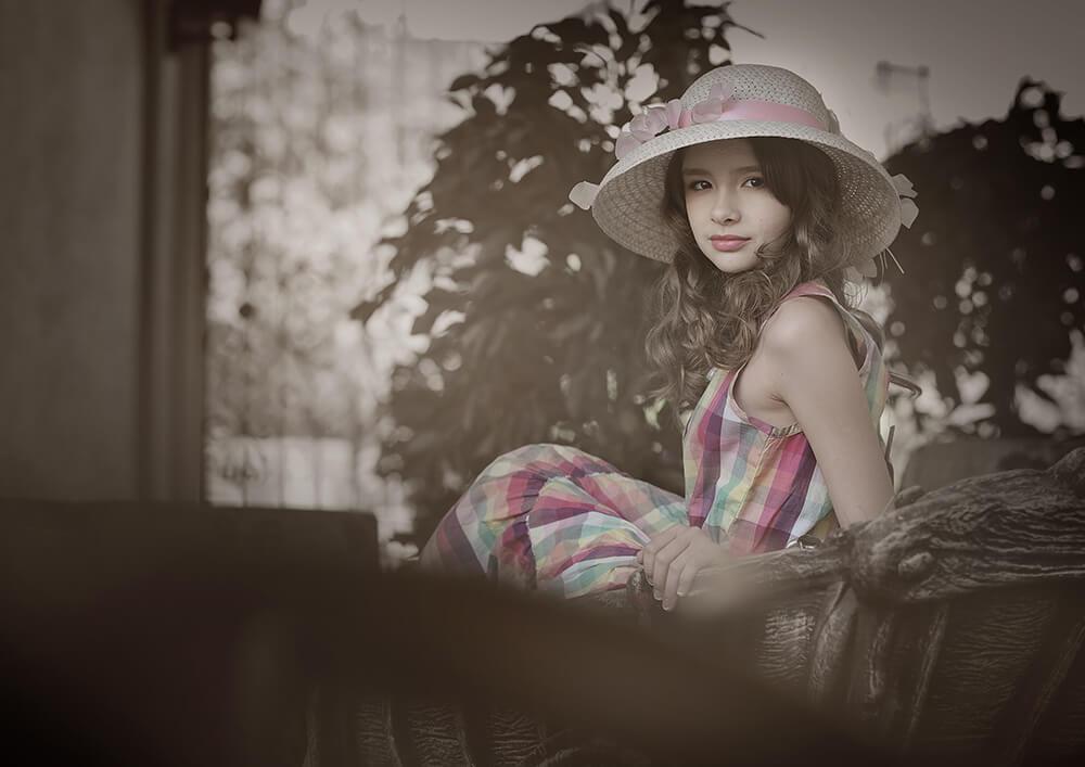 Фотография девочки в ретро стиле