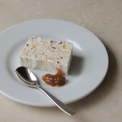 カッサータ   イタリアのアイスクリーム、3種のナッツとオーガニックチョコ 自家製の無農薬甘夏ピール入り  PLATE Brand:ALESSI PlateBowlCup Designer:Jasper Morrison   CUTLERY Brand:ALESSI KnifeForkSpoon Designer:Jasper Morrison