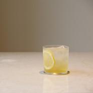 ハニーレモンのシロップソーダ 期間限定 -2020/08   瀬戸内の奇跡のレモン「宝生寿」を用いたハニーレモンソーダ  GLASS Brand:ALESSI Water Glass Designer:Jasper Morrison
