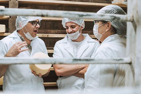 Curso de queijos FRIALP Queijaria Suíça.