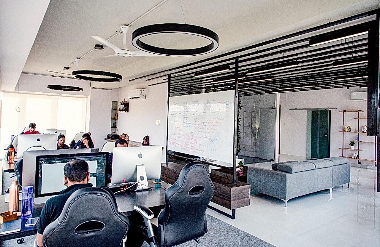 Kurage - Corporate Office Lighting By Lu