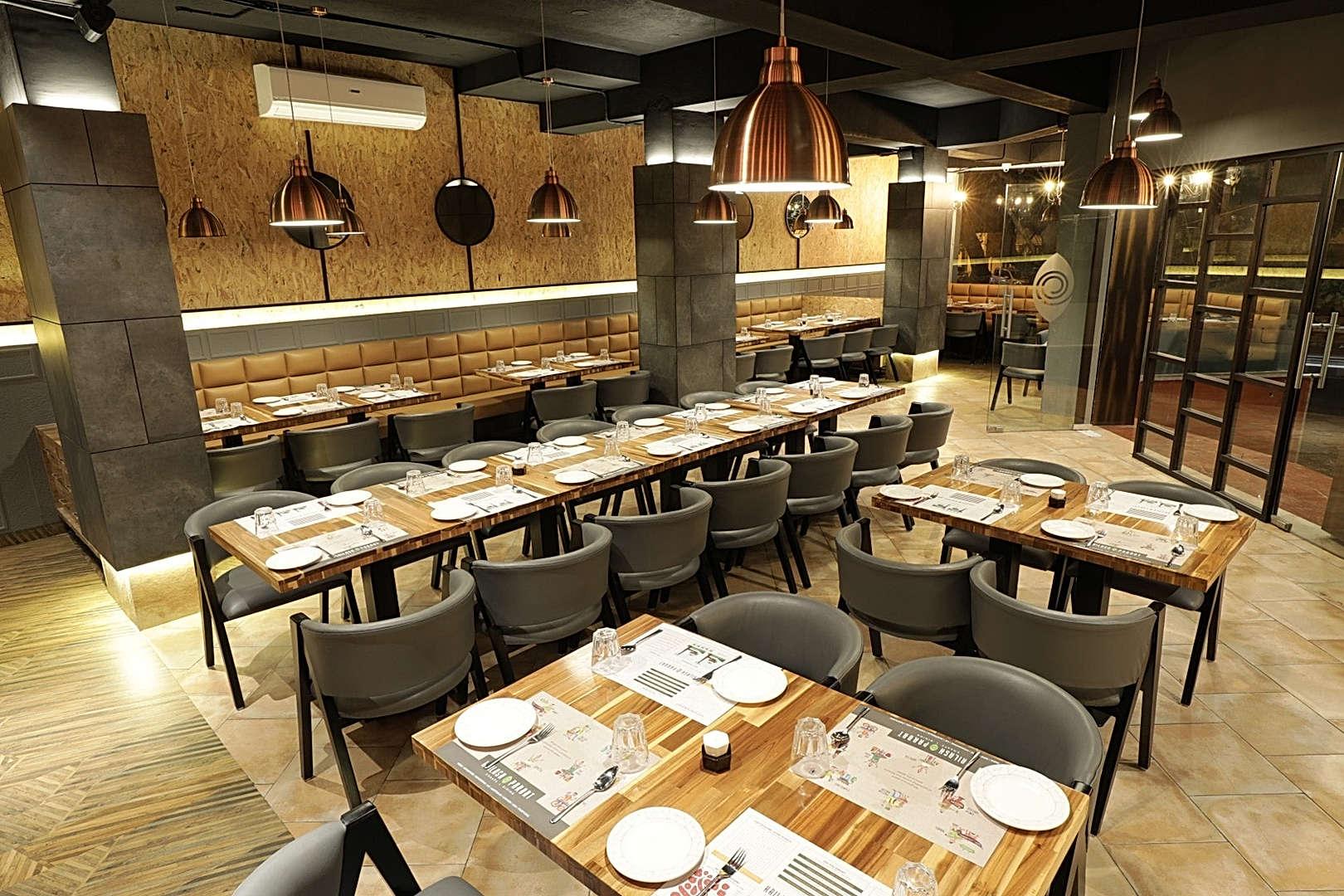Kailash Parbat -  Restaurant Lighting By