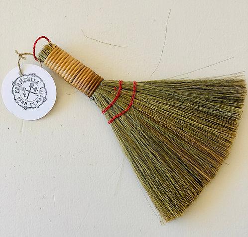 Handheld Whisk Broom