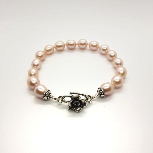 Bransoletka z różowych pereł, wzór na zamówienie