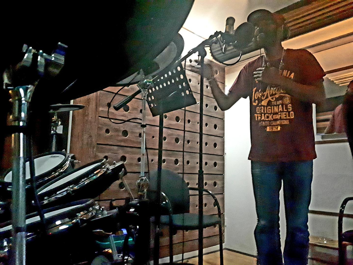 Chantalot - Independart Studio session