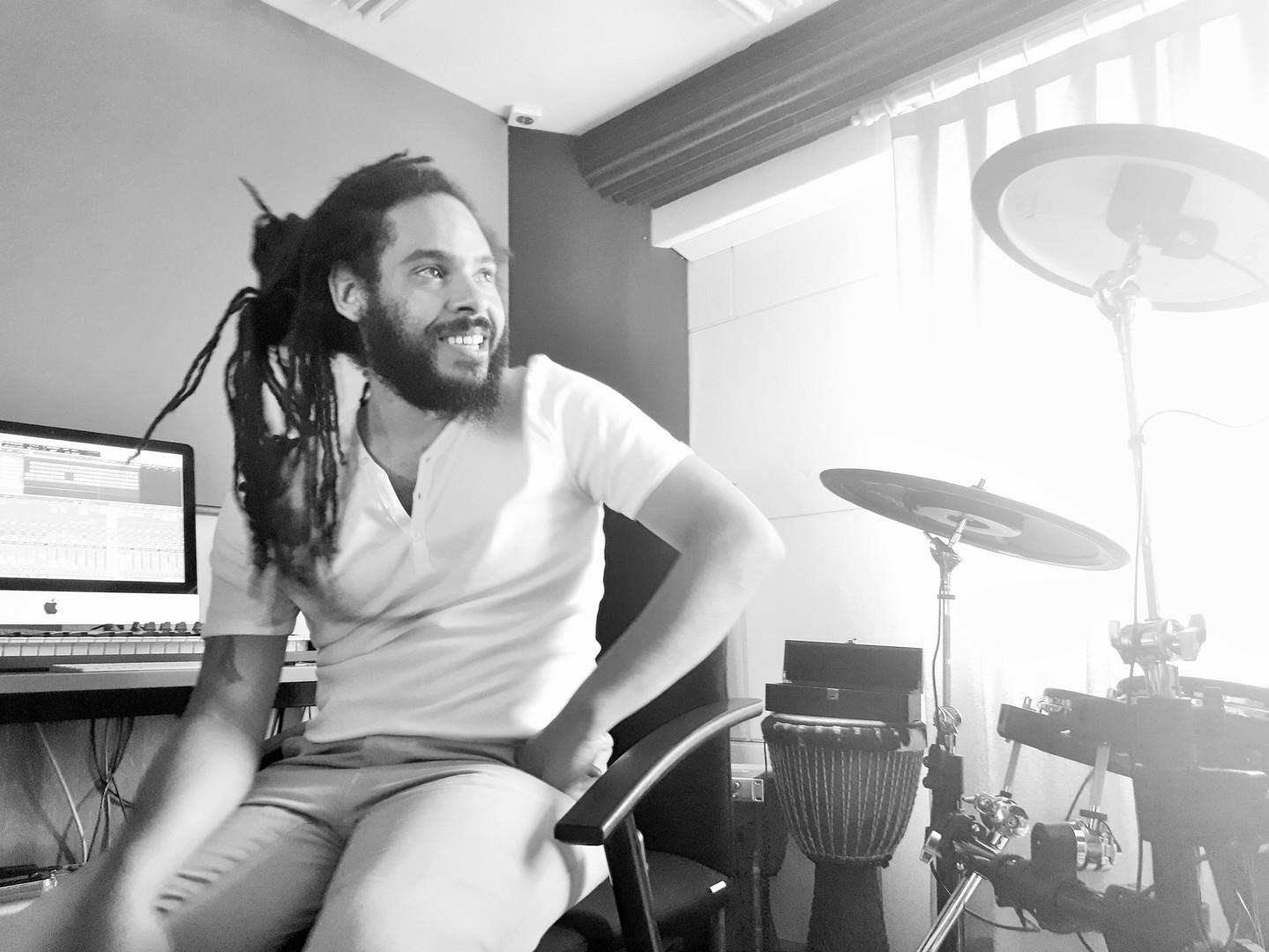 Steve Hendrix @ Independart Studio