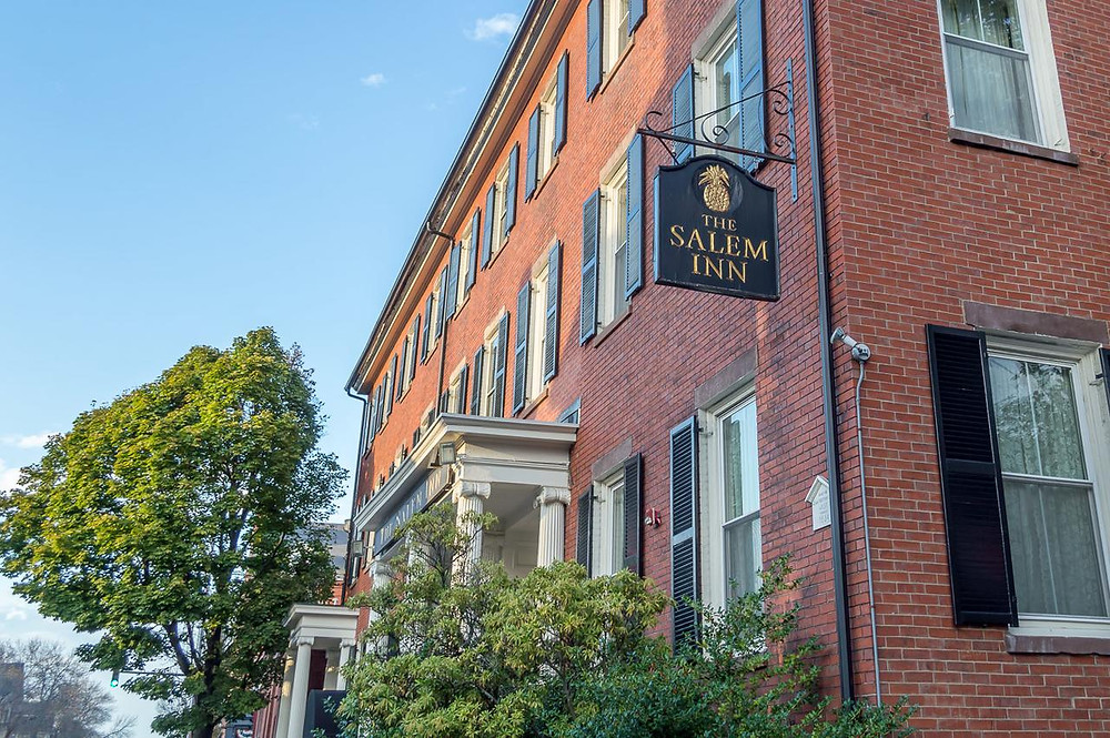 If you're coming to the Salem Magic Show stay at the Salem Inn!