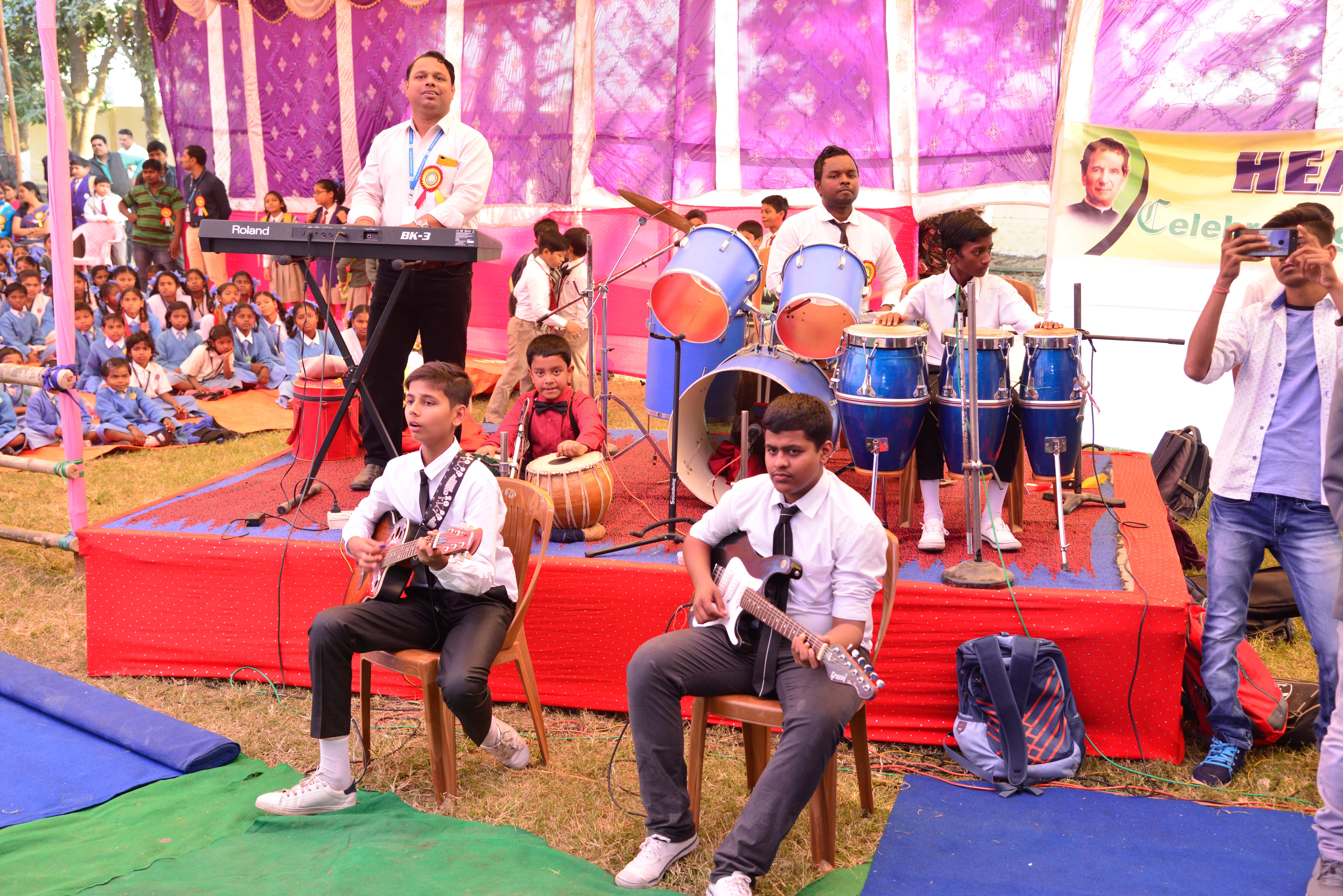 ANNUAL DAY 2018 (37)