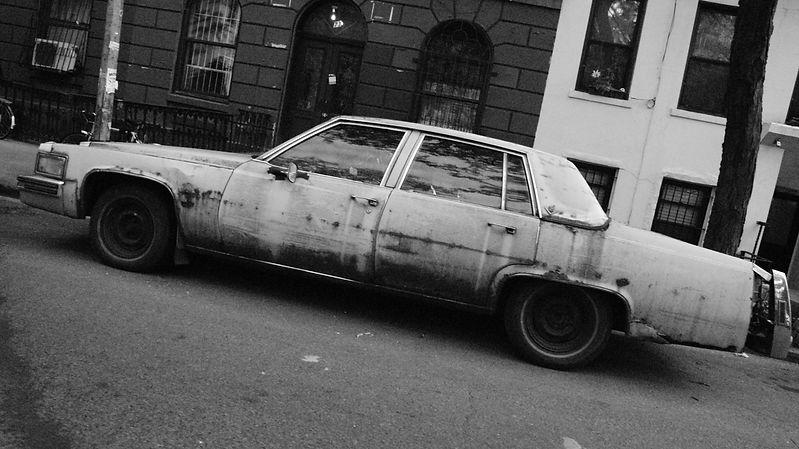 rusted car.jpg