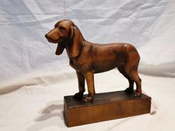 Sculpture chien Brienz