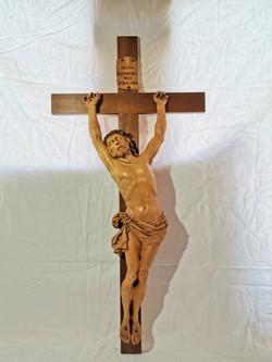 Christ à la croix