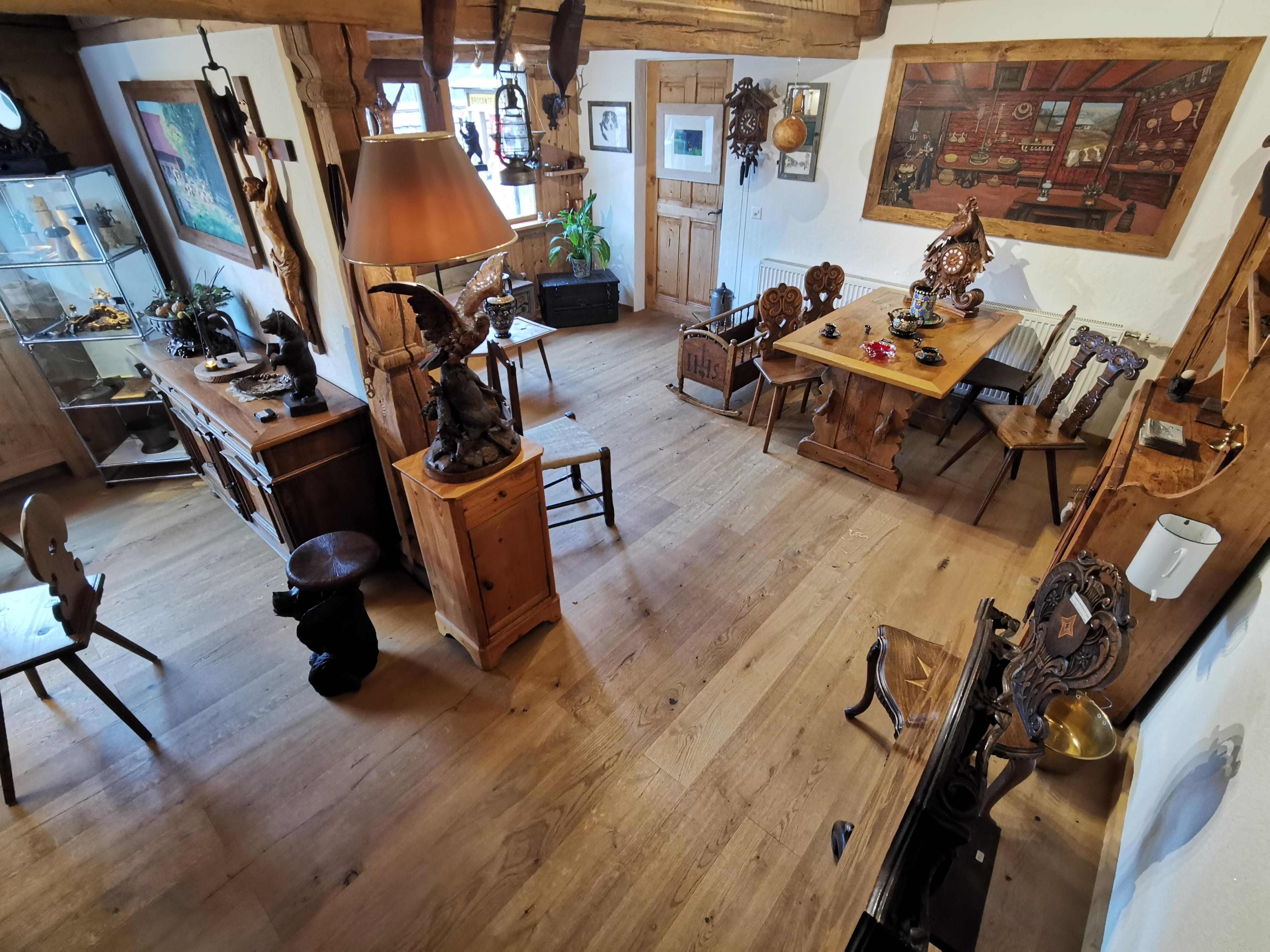 L'antique galerie actuel à Neirivue