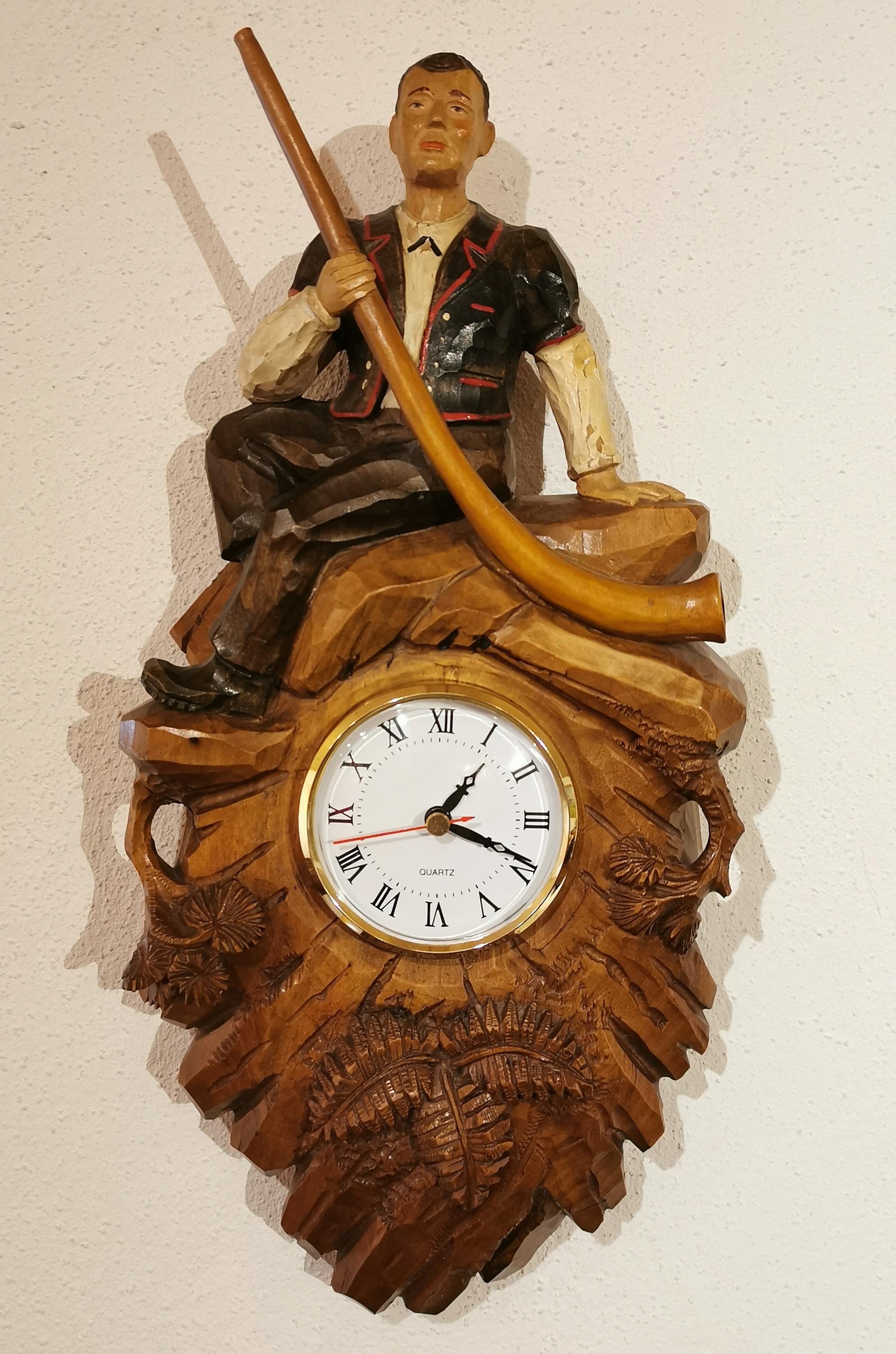 Horloge peinte de Brienz éléctrifiée