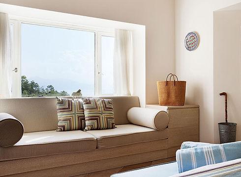dionysos-village-hotel_rooms_junior-suit