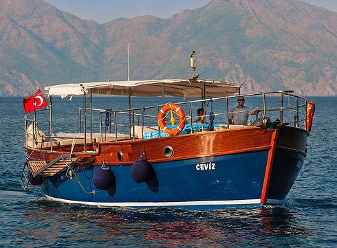 Dionysos Village Hotel - Clasically Restored Boat Trip