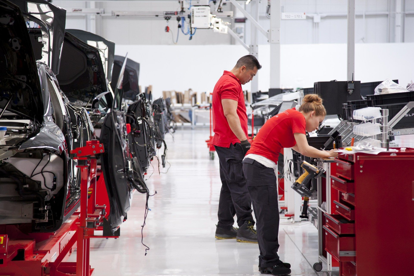 Tesla-Production-2.jpg