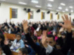 Igreja condenada a devolver doação de fiel que recebeu promessa de cura do câncer