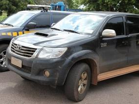 Seguradora deve cumprir apólice de caminhonete Hilux roubada na Bolívia