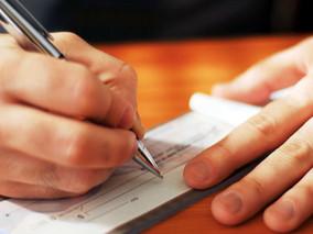 Cheque pré-datado descontado antecipadamente gera indenização
