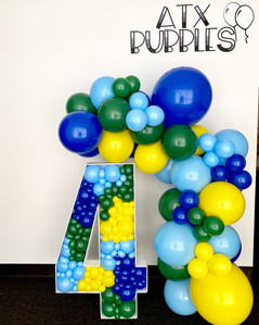 3ft balloon structure + balloon garland