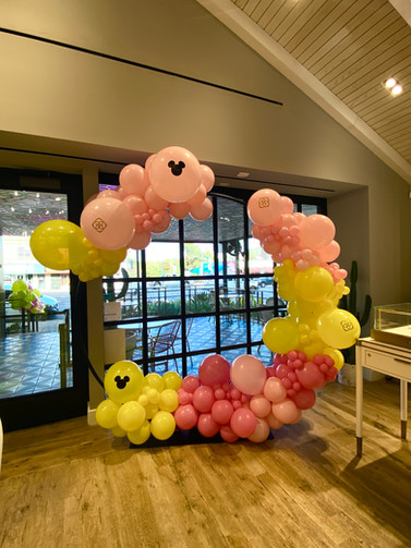 7ft balloon hoop