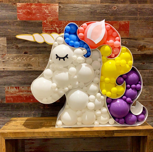 Unicorn Balloon Structure
