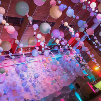 Ceiling balloon installation