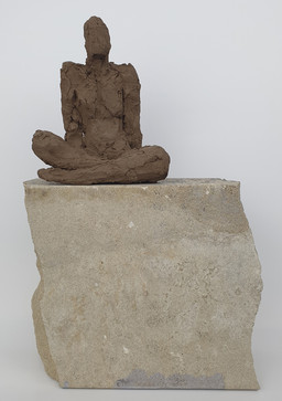09 - 2018 - Ton und Sandstein - 22 x 32,5 x 9 cm