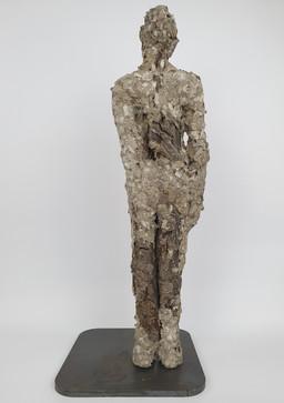 04 - 2019 - Papprollen, Baumrinde und Eisen - 18 x 46,5 x 19 cm