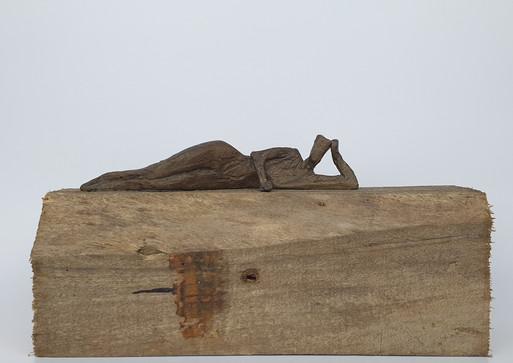 06 - 2018 - Bronze und Holz - 27,5 x 14 x 8 cm