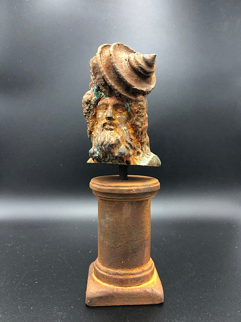 Shell bust divinity