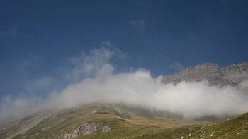 Au Mont Cenis en Haute Maurienne, le repos des nuages.