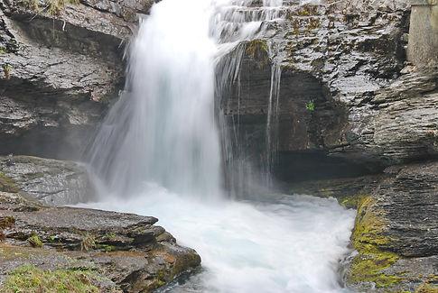 L'eau vive des torrents.
