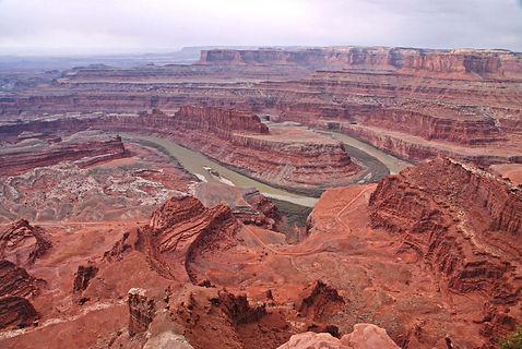 """""""Grand View Point Overlook"""" avec vue sur la """"Green River""""."""