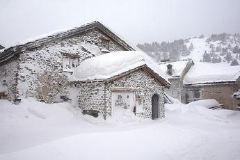 En Haute Maurienne, Sardières après la tempête de neige.