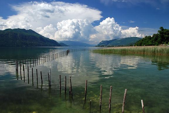 Orage en préparation sur le lac du Bourget en Savoie.
