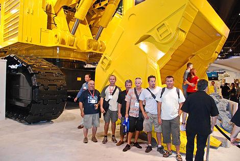 Pelle Komatsu PC 5500 DE 550 tonnes et godet de 30 m3.