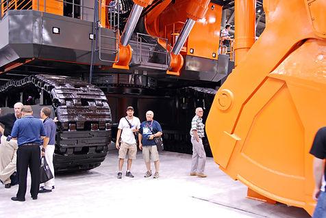 Détail sur pelle Hitachi 3600 de 360 tonnes.
