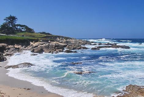 Couleurs de l'Océan Pacifique entre San Francisco et Monterey en Californie.