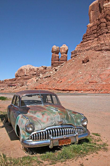 Buick des années 50 abandonnée à Bluff Utah.