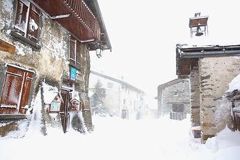 En Haute Maurienne, Sardières pendant la tempête de neige.
