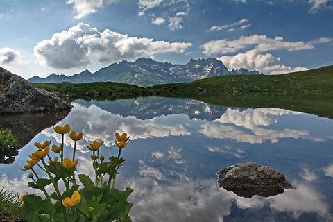 Superbe miroir d'eau au dessus de St François en Maurienne.