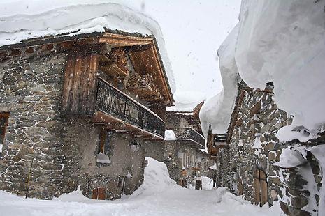 En Haute Maurienne, Bonneval sous la neige.
