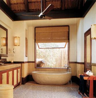 letlapa pula bathroom.jpg