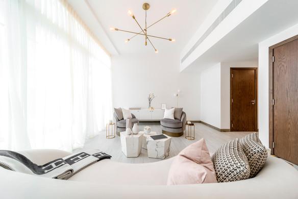 2 living room FIV00618-HDR.jpg
